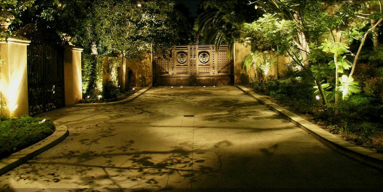 Custom Exterior Landscape Lighting